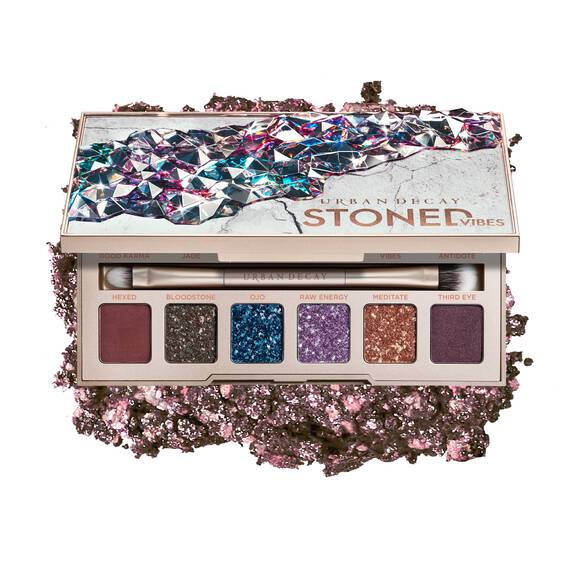 Stoned Eyeshadow Palette in color